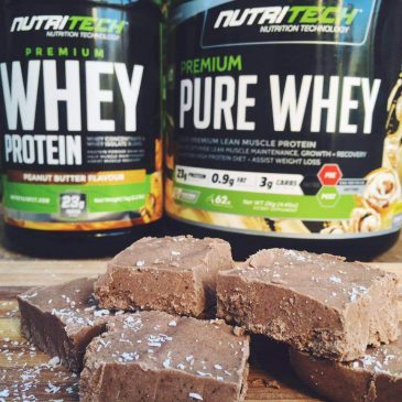PEANUT BUTTER PROTEIN FUDGE